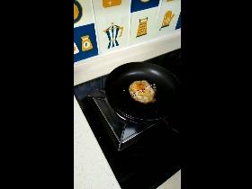【切克喵】煎鸡蛋竟然煎出一只猫猫
